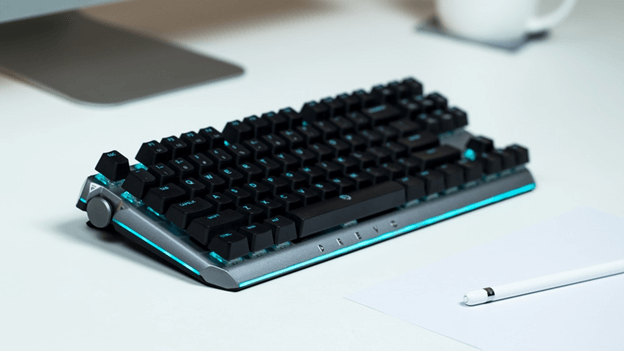 DREVO BladeMaster: A High-End Gaming Keyboard with Programmable Knob 2