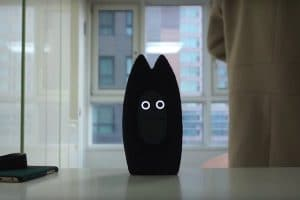 Fribo: An Artificial Colleague for Young and Lonely People