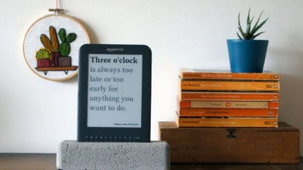Jaap Meijers has Recycled an Old Amazon Kindle into a surprisingly useful Literary Quote Digital Clock 2